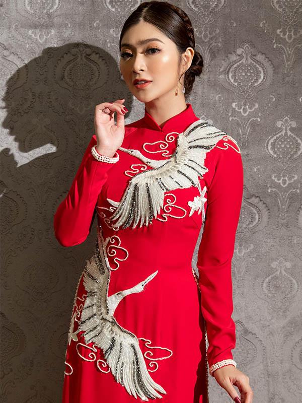 trang phục cưới màu đỏ