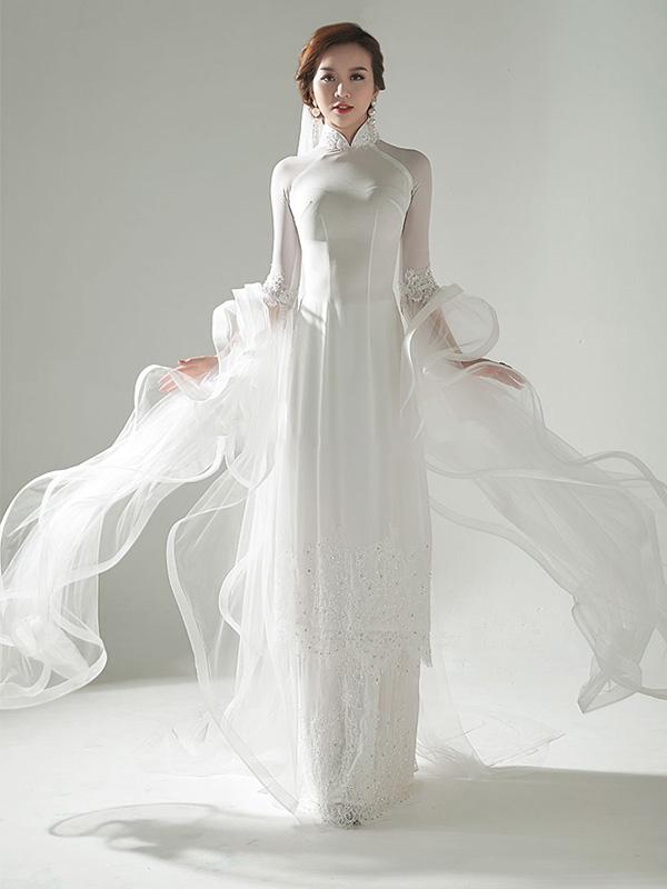 Váy cưới gấm trắng