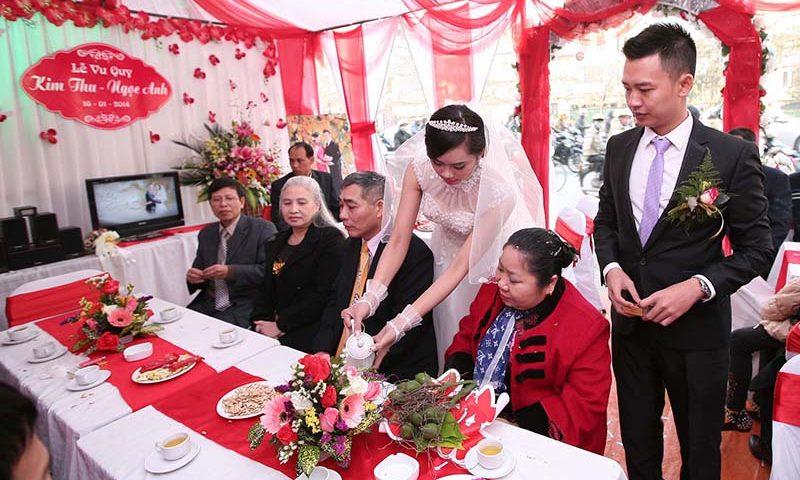 Cô dâu có thể chia sẻ một phần chi phí với chú rể