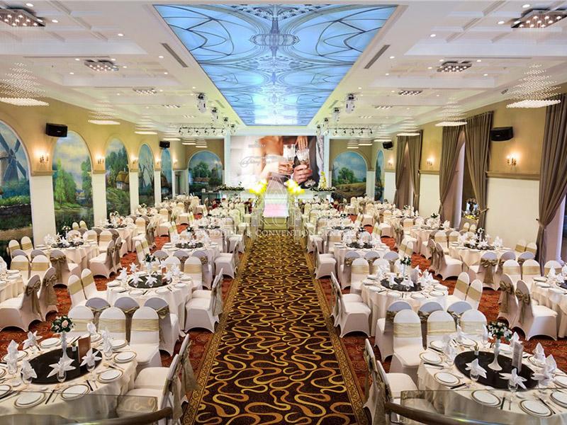 Trung tâm tiệc cưới tọa lạc tại Lý Chính Thắng
