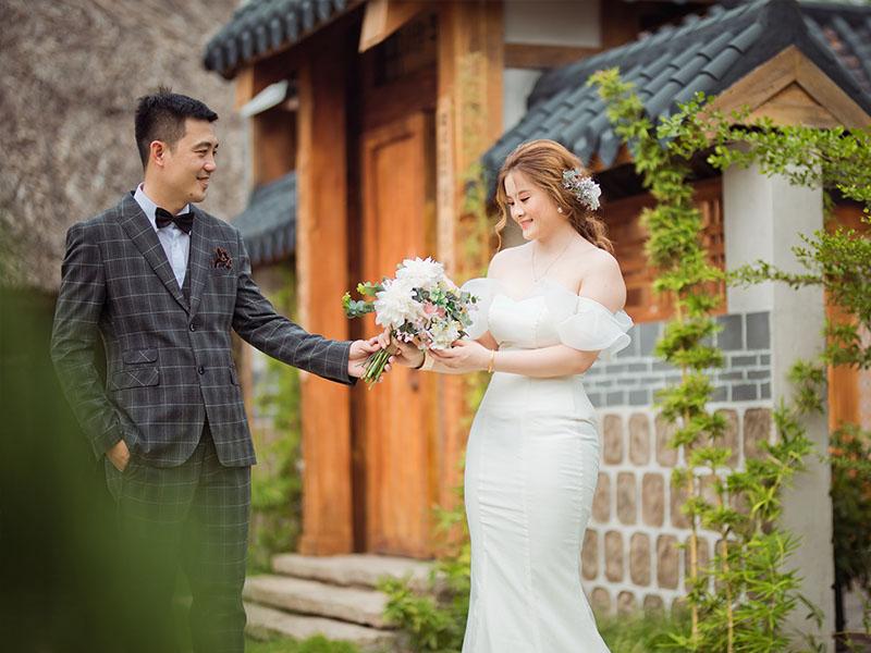 Ảnh cưới tại phim trường Secret Garden