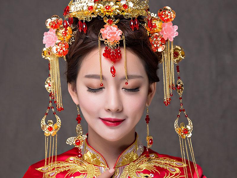 Trang điểm cô dâu Trung Quốc