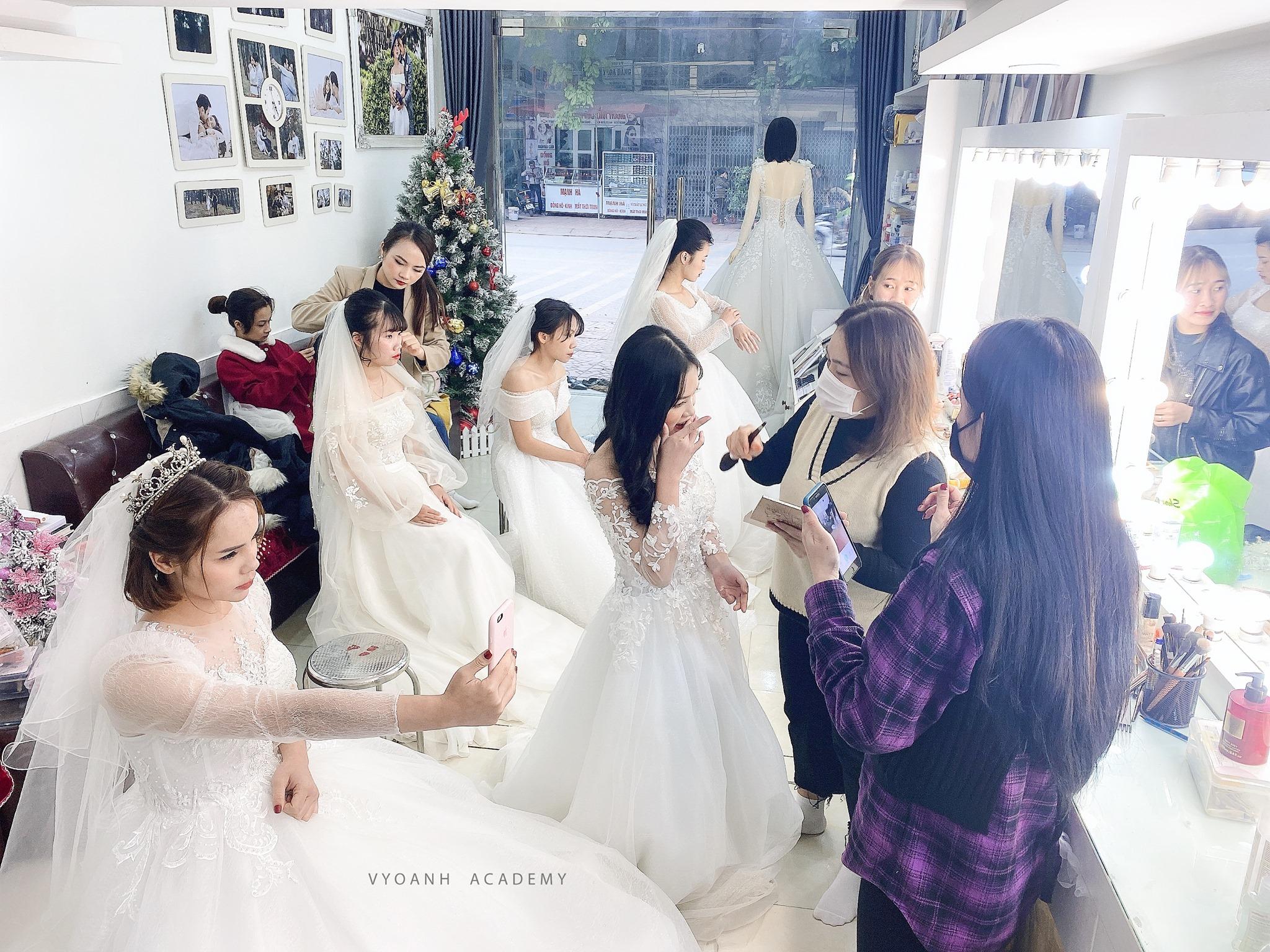 Áo cưới Vy Oanh - Chuyên đào tạo học viên tại Bắc Giang